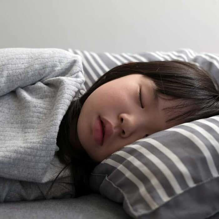 Der kindliche Schlaf: Von magischen Momenten und Einschlafstrategien